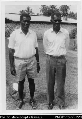 Dr Makau Kasakau (left) and Chief Graham Kalsakau (right)