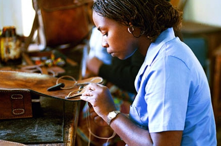 A woman taking part in a workshop in Mozambique. Photo by World Bank on flickr.
