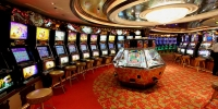 Image of slots corner, Casino Royale, RCCL Radiance Of The Seas